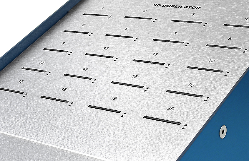 SD Duplicator, close up